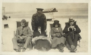 5 Family on Dorset beach during 1914