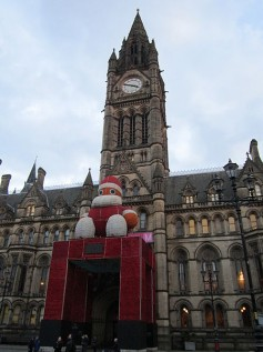 Manchester_Town_Hall_at_Christmas_(1)