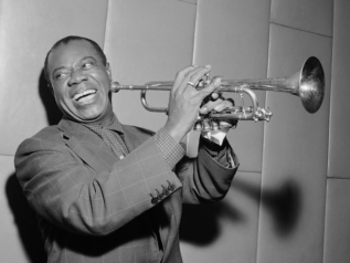 Louis Armstrong 29th October 1955, Wikimedia Commons.